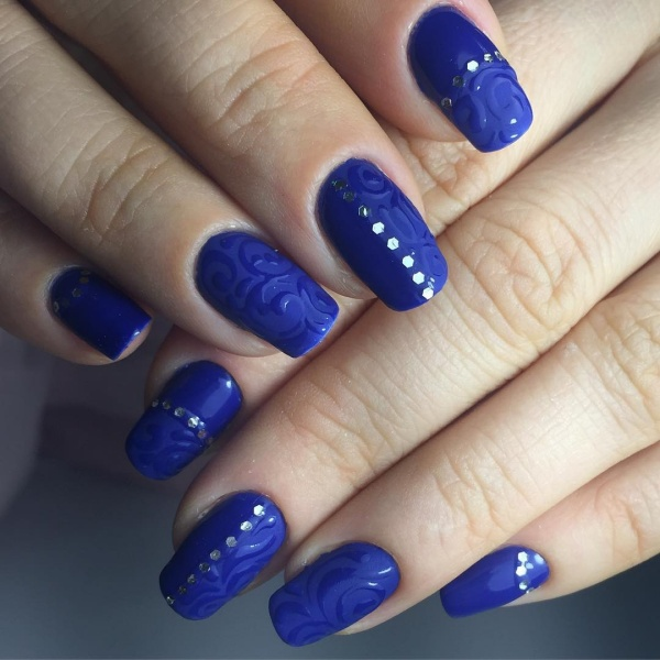 Trendy Nail Art Designs For New Year Eve